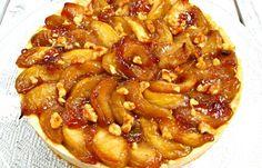 טארט תפוחים טבעוני וגם מה אני עוד עושה עם שמן קוקוס Apple Pie, Desserts, Food, Tailgate Desserts, Deserts, Essen, Postres, Meals, Dessert