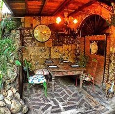 #bali #restaurant #bar #lunch #dinner #vintage #antique #deco #lafavela #lafavelabali