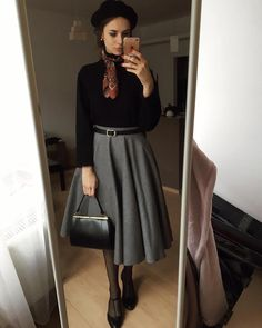 1161 curtidas 33 comentários Karolina Maras ( no Instagra Mode Outfits, Skirt Outfits, Fashion Outfits, Fashion Trends, Curvy Fashion, Modest Fashion, Fashion Top, Cheap Fashion, 1940s Fashion