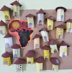 Preschool Art Projects, Preschool Art Activities, Preschool Arts And Crafts, Fun Crafts For Kids, Art Center Preschool, Africa Craft, African Art Projects, Afrique Art, Magic Treehouse