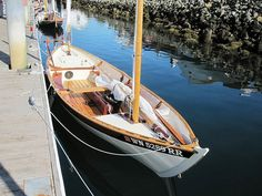 Ex Sailing Dinghy, Sailing Ships, Wooden Sailboat, Wooden Boat Building, Best Boats, Sea Crafts, Wood Boats, Boat Stuff, Wooden Ship