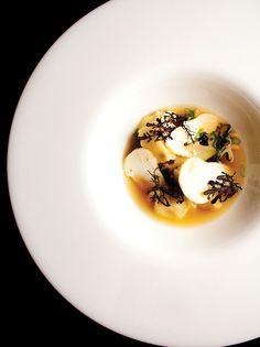 A matsutake mushroom dish.  #gotowanie #inteligentnystyl www.amica.com.pl