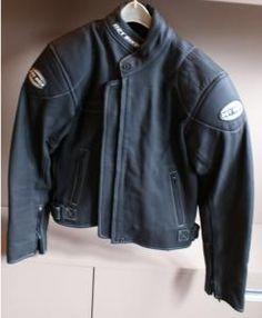 Nowa kurtka motocylkowa w połowie ceny, poleć proszę jeśli sam nie weźmiesz, dzięki :)