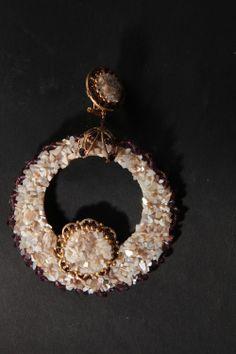 Pendientes de flamenca y novia Wire Jewelry, Diy Fashion, Quilling, Amanda, Polymer Clay, Brooch, Pearls, Earrings, Ear Rings