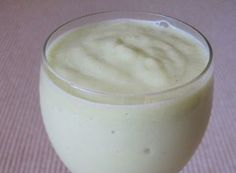 Creamy Pineapple Whole30 smoothie