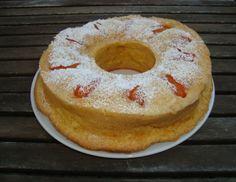 Eierlikörkuchen mit Marillen - Rezept - ichkoche.at