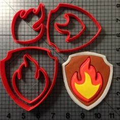 Paw Patrol – Marshall Fire Badge Cookie Cutter Set