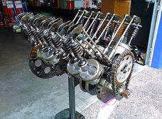 all the moving internal pieces of a v8 internal combustion engine