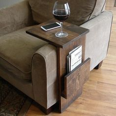 Sofa Chair Arm Rest TV Tray Table Stand with Side Storage Slot for Tablet Magazine I want one! Sofa Chair Arm Rest TV Tray Table Stand with Side Storage Slot for Tablet Magazine Woodworking Projects Diy, Woodworking Plans, Pallet Projects, Simple Wood Projects, Popular Woodworking, Woodworking Furniture, Woodworking Ideas Small, Woodworking Projects For Beginners, Woodworking Articles