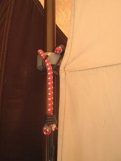Smart idé til ophængning med bagagestropper #camp-let #CampLetHacks