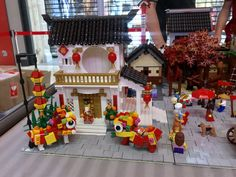 Oriental Town with Chinese New Year Celebration Star Wars Boba Fett, Star Wars Clone Wars, Star Wars Art, Lego Star Wars, Star Trek, Lego Display, Chinese New Year 2020, Lego Architecture, Star Wars Action Figures