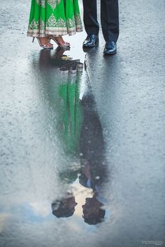 such an innovative click...partial reflection seen in water