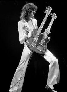 Jimmy Page - Led Zeppelin Led Zeppelin, Recital, Hard Rock, Get Down On It, El Rock And Roll, Mode Hippie, John Paul Jones, John Bonham, Greatest Rock Bands