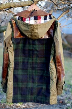 Cape Cod Collegiate- obsessed with this and the tartan Looks Style, Style Me, Look Fashion, Mens Fashion, Fashion Design, Tartan, Vogue, Refashion, Autumn Winter Fashion