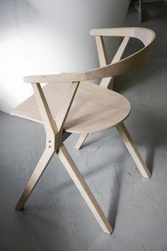 B Folding Chair: Konstantin Grcic for Bd Barcelona