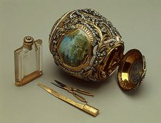 The Necessaire Egg, LOST. Last seen between 1889 presented by Alexand… The Necessaire Egg, LOST. Last seen between 1889 presented by Alexander III to Tsarina Maria Fyodorovna. Gold Manicure, Manicure Set, Fabrege Eggs, Egg Pictures, La Madone, Imperial Russia, Egg Art, Objet D'art, Royals