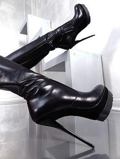 Superbes bottes OB3 noires à talon de 15cm et plateau de 3cm de chez 1969