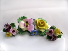 VINTAGE Denton china made in ENGLAND brooch and ear rings set