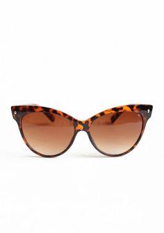 Contessa Cat Eye Sunglasses By A.J. Morgan | Modern Vintage 1950s Style | Modern Vintage Vintage Style Guide