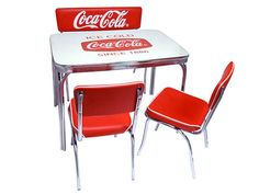 lavieen: American diner COCA-COLA BRAND Coca-Cola brand diner table, chair, four points of set West Coast style interior American miscellaneous goods of the bench sheet Coca Cola Life, Coca Cola Brands, Coca Cola Kitchen, Coca Cola Decor, Diner Table, Cola Cake, Always Coca Cola, Coca Cola Bottles, Miscellaneous Goods