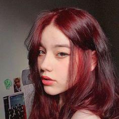 Dyed Red Hair, Dye My Hair, Half Dyed Hair, Hair Color Streaks, Hair Dye Colors, Hairstyles Haircuts, Pretty Hairstyles, Red Hair Inspo, Aesthetic Hair