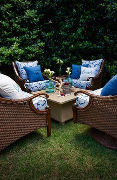100 outdoor furniture peak season