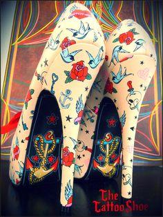 Amazing tattoo style heels  (original blog unavailable, so just admire!)