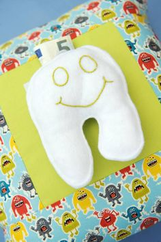 Crafts for children: This pillow has a playful pocket so the tooth fairy can leave her donation in a safe place. Tooth Fairy Pillow, Safe Place, Little Darlings, Teeth, Crafts For Kids, Pocket, Pillows, Sewing, Children