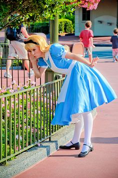 Items similar to Alice in Wonderland Alice Cosplay Costume Classic Version on Etsy Cosplay Disney, Alice Cosplay, Disney Costumes, Alice Costume, Cosplay Costumes, Disney Live, Disney Girls, Walt Disney World, Disney Princess