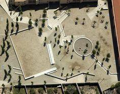 Square in Guissona ♦ Flores i Prats