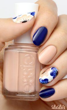Unhas decoradas, nude, azul, floral