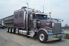 Kenworth..now that's a Large Car!