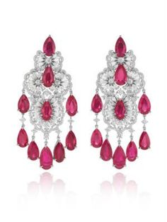 Jewelries at Baselworld 2015 -Chopard's haute joaillerie earrings with pear-shaped rubies and diamonds proved how bright red rubies still very much appeal to jewelers. -