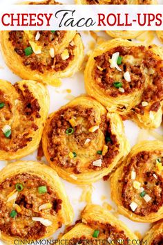 Easy taco roll-ups with taco meat & cheese rolled in puff pastry and baked until golden. You can make the taco rolls up to 24 hours ahead, they freeze well. Meat Appetizers, Appetizers For Party, Appetizer Recipes, Luncheon Recipes, Puff Pastry Appetizers, Party Snacks, Tortilla Rolls, Roll Ups Tortilla, Tortilla Wraps