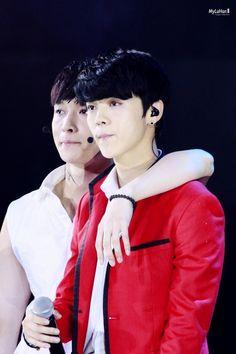 """""""Hoàng tử bé"""" Luhan và những khoảnh khắc còn mãi bên EXO 3"""