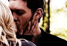 Discover & share this Klaroline GIF with everyone you know. GIPHY is how you search, share, discover, and create GIFs. Klaus From Vampire Diaries, Vampire Diaries The Originals, Klaus And Caroline, Caroline Forbes, Selena Gomez Boyfriend, Cute Couples Hugging, Conor Leslie, Longest Kiss, Klaus The Originals