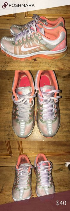 Women's Air Max 2009s PRE OWNED Women's Air Max 2009s .... NO BOX OR SOLE Nike Shoes Sneakers