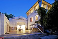 This is dope! | 'Jared Leto Bought A $5 Million Former L.A. Military Compound' | <http://www.refinery29.com>