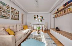 Apartament în București amenajat cu texturi de lemn   Adela Pârvu - Interior design blogger Beautiful Living Rooms, Design Case, Small Apartments, Apartment Living, Home Interior Design, Home Projects, House Design, Couch, Modern