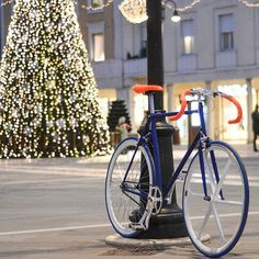 @Regrann_App from @dafnefixed -  La bici di Andrea . #ideeregalonatale . #fixie #fixed #fixedgear #rimini . More info SHOP ONLINE www.DAFNEFIXED.com - #regrann  www.pedalnorth.com