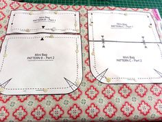 With its casual style and small size, this zipper pouch is great for both kids and adults. Clever side loops act as channels for the adjustable-with-knots straps. Handbag Patterns, Bag Patterns To Sew, Diy Phone Bag, Small Sewing Projects, Pouch Tutorial, Zipper Bags, Small Zipper Pouch, Craft Bags, Fabric Bags
