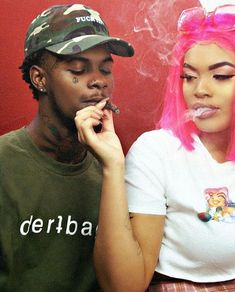 Best collection of cute couples smoking weed together, rolling up on bae's azz. Couples who smoke together quotes & sexy stoner couples. Couple Goals Relationships, Relationship Goals Pictures, Couple Relationship, Estilo Gangster, Gangster Girl, Black Couples Goals, Cute Couples Goals, Snapchat, Baddies