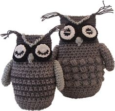 Een uil haken, crochet an owl. Free pattern written in Dutch, but try Google translate to help you.