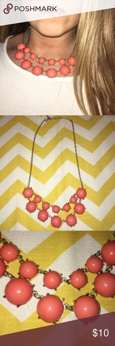 Statement Necklace Super cute coral statement necklace! Like new! Let me know if you have any questions. I'm usually able to ship the same day, otherwise the next day for sure! Bundle my items for a discount :) Francesca's Collections Jewelry Necklaces