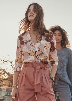 A Definitive Guide to Minimalist Fashion Hawaiian Party Outfit, Work Fashion, Fashion Outfits, Bluse Outfit, Estilo Hippie, Mode Top, Indian Blouse, Look Boho, Athleisure