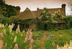 "pagewoman: ""Cottage, Buckinghamshire, England """