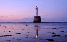 маяк, облака, сиреневый вечер, розовый закат, Великобритания, сумерки, небо…