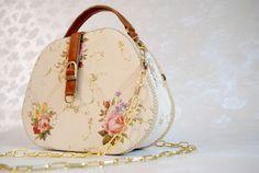 Medii - Gademm Saddle Bags, My Love, Products, Fashion, Moda, Fashion Styles, Fashion Illustrations, Gadget