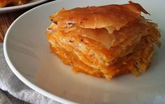 Kinds of Greek Pies: The Variety of Delicious 'Pitas' Greek Desserts, Greek Recipes, Vegan Sweets, Sweets Recipes, Mizithra Cheese, Kinds Of Pie, Savory Tart, Sweet Pie, Tasty Dishes