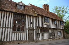 Pickmoss - medieval timber framed house in Otford, Kent Timber Frame Homes, Timber House, Timber Frames, Medieval Houses, Medieval Times, Rustic Home Design, Tudor House, Interesting Buildings, Historical Architecture